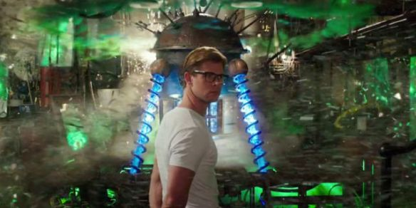 landscape-1463586068-chris-hemsworth-ghostbusters-2016-trailer-2-baddie